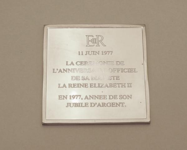 Mdaille-ARGENT-118gr-Silver-Jubilee-Queen-Elisabeth-II-1977-Reine-CHEVAL-282953885026-11